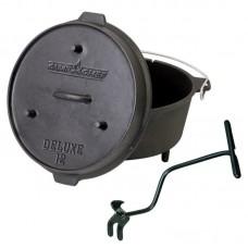 Univerzální litinový hrnec Camp Chef Deluxe Dutch Oven 35 cm s poklicí a zvedákem